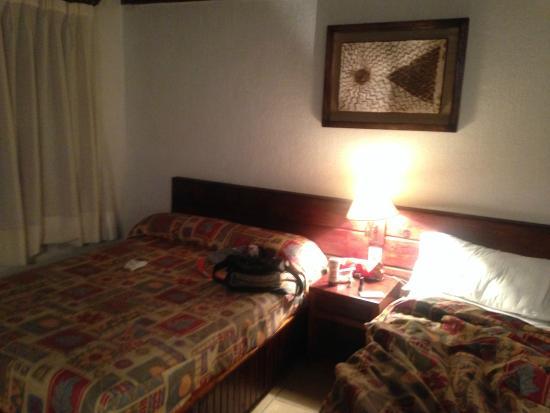 Parador Avandaro : Habitación con dos camas