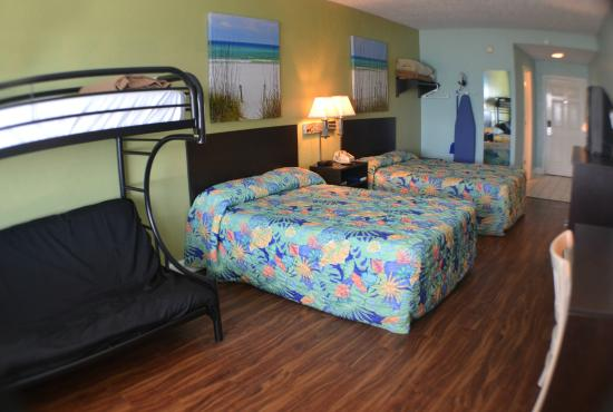 Boardwalk Beach Hotel Convention Center Room 2 Full Sized Beds With Futon