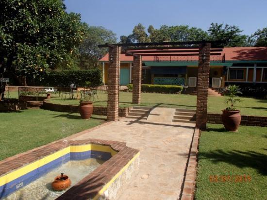 La Fuente Gardens: La Fuente an oasis of fun!