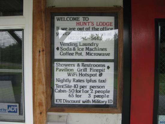 Hunt's Lodge: Sign on the door