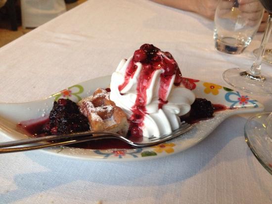 Lonato del Garda, Italia: Agriturismo La Civetta