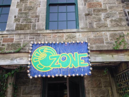 Ozone Pizza Pub Photo