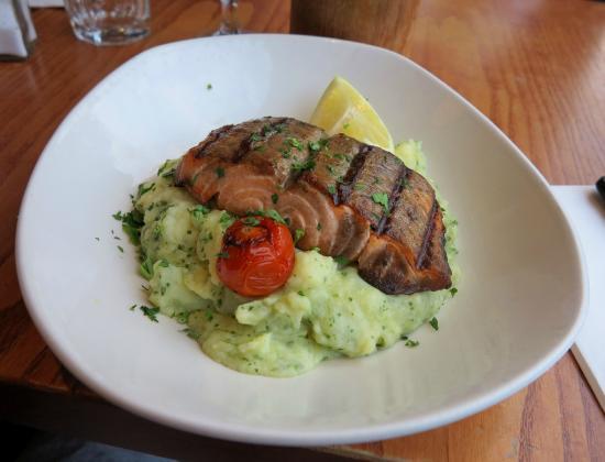 Grills & Greens: Salmon and basil mash