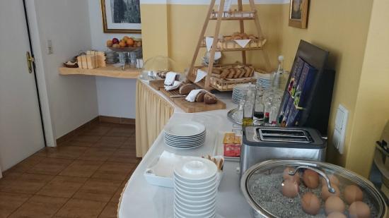 Hotel Domizi: Breakfast buffet 4