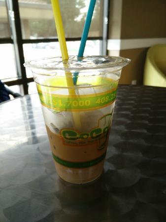 CoCo Coffees, Milk Teas & Snacks