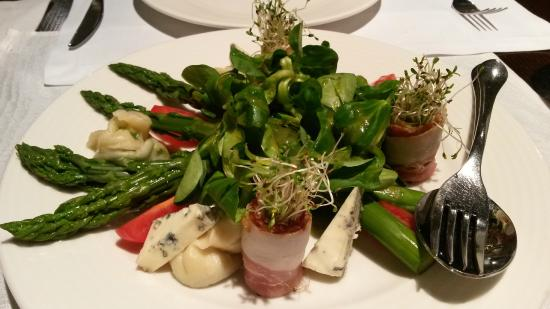 Ruben Hotel: Asparagus salad