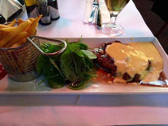 Le Diamant: Just look at the Blood, worst steak I've ever tasted. Had sent it back. Chips had no flavour. An