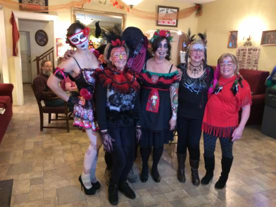 Symes Hot Springs Hotel : Halloween costume party fun.
