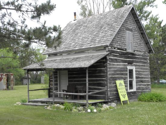 Perham, MN: Pioneer Village