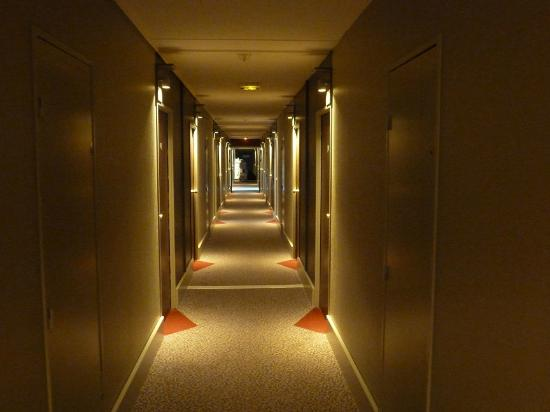 Villa Bellagio - Blois: Hallway