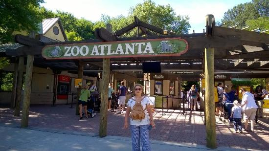 Zoo Jobs is the vacancy section of Zoo News Digest. Vacancies are posted here with frequency. Keep checking back.