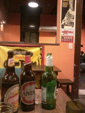 Frankville Hostel & Intercultural Club: La cerveza estaba bien fria!