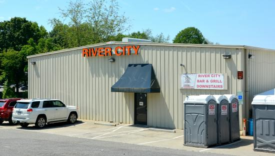 River City Bar and Grill
