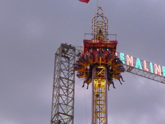 L 39 apocalypse picture of luna park cap d 39 agde tripadvisor for Puerta 9 luna park