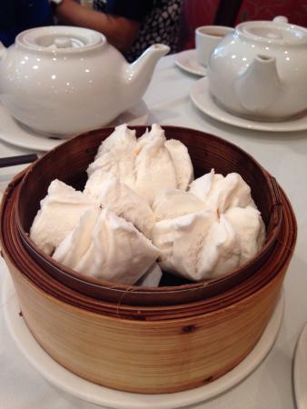 Kirin Seafood Restaurant: Steamed pork bun.  Great filling, not too much fat.