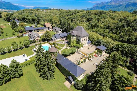 Madame Vacances Chateau de Candie