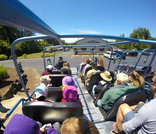 Флоренция, Орегон: At Sandland Adventures; parking lot.