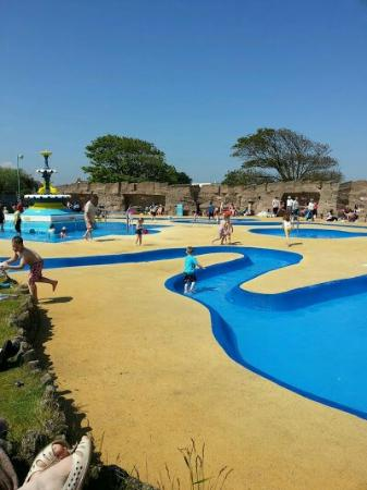 Beachdene Guest House: FREE.... IN SKEG!! GREAT FOR THE KIDS