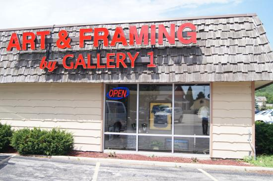 Gallery 1 in Delafield is the premier destination for your art, gifts, framing and memorabilia.