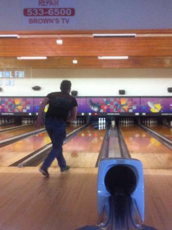 Ocean Shores, WA: Great lanes &  great service