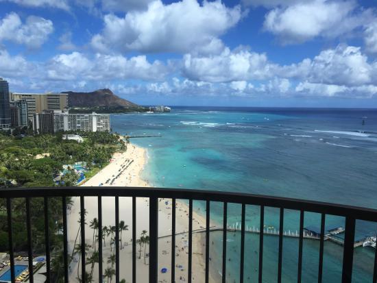 Hilton Hawaiian Village Waikiki Beach Resort Rainbow Tower Beachfront View Room 2509