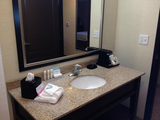 DeKalb, IL: Well lit bathroom