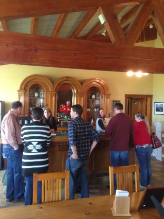 Cristom Vineyards : Tasting room
