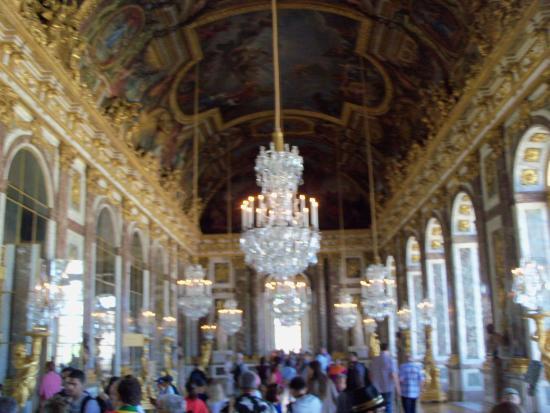 Salon de los espejos picture of palace of versailles for Espejos salon