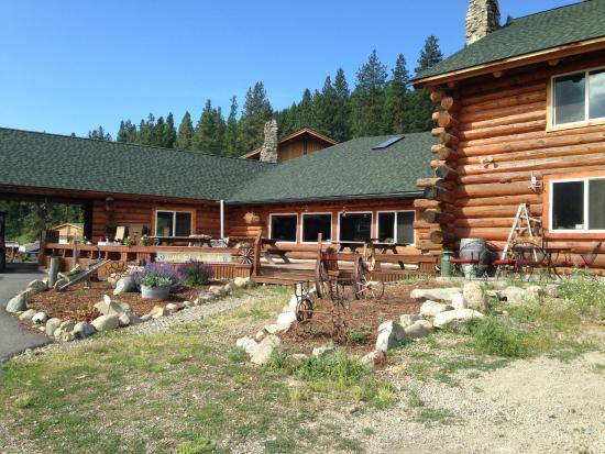 K-Diamond-K Guest Ranch: Lodge