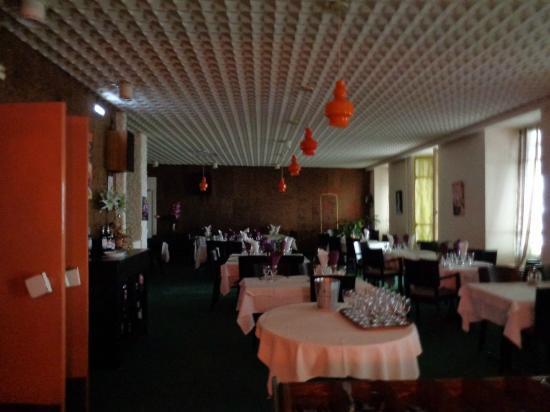Hotel Lons : La salle à manger du restaurant