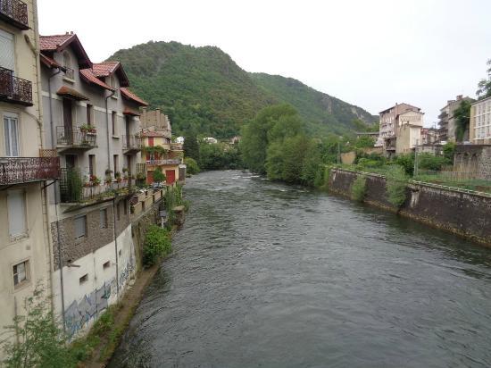 Hotel Lons: l'Ariège