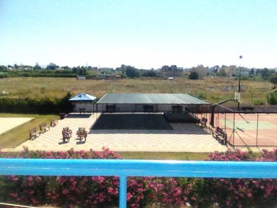 Leonidas Hotel & Studios: View from room?