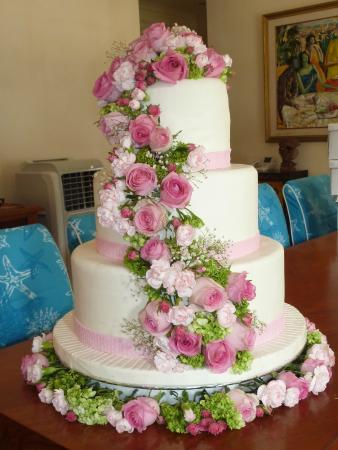 The Sahita Luxury Residence & Villa : Wedding cake