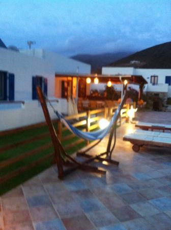Amorgion Hotel: At night