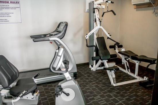 Quality Inn Central: Ny Fitness