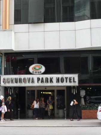 Cukurova Park Hotel: Hotel Aussenansicht