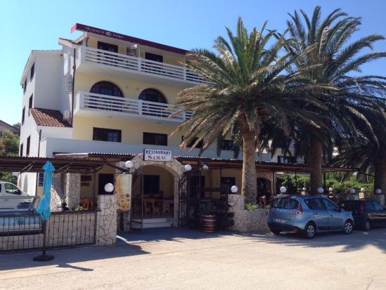 Villa Samac