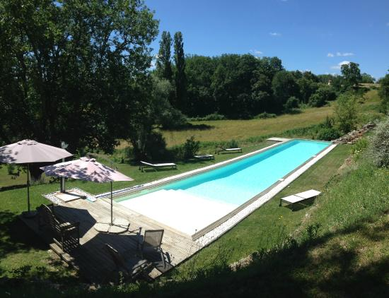 Merignas, France : Piscine