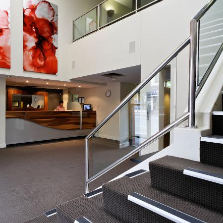 BreakFree Adelaide: Foyer Reception