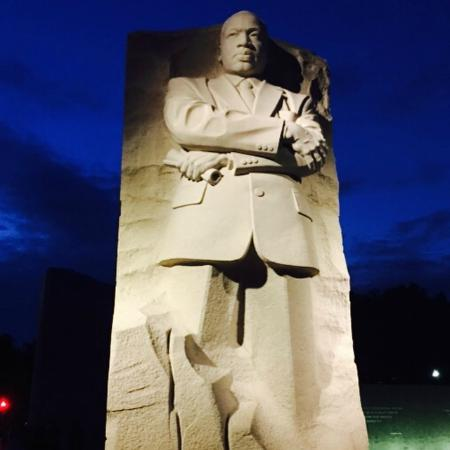 Full Statue View At Night Foto Martin Luther King Jr Memorial