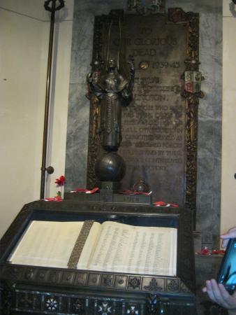 Wellington Cenotaph: Inside Cenotaph 2014