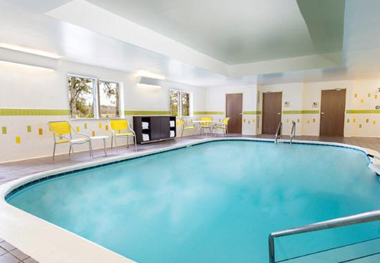 Fairfield Inn Pensacola I-10: Indoor Pool