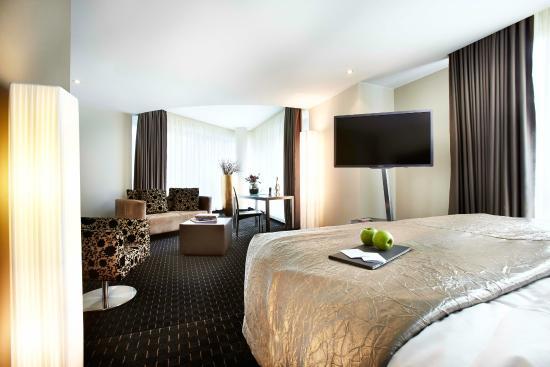 Hotelzimmer bild von hotel boston hamburg hamburg for Hotelzimmer teilen