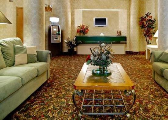 Comfort Inn: Lobby