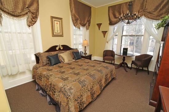 The Stockade Inn: Guest room
