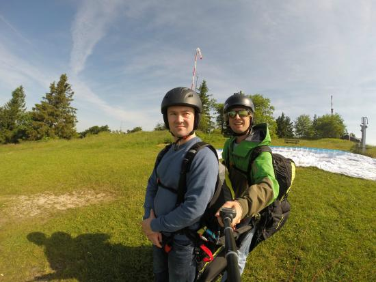 FlyTandem Paragliding: The calm before the storm