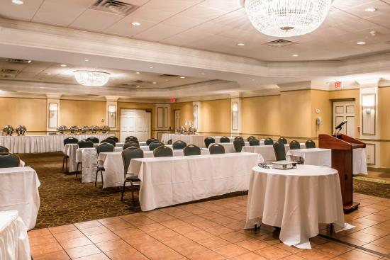 Comfort Inn & Suites Pittsburgh Allegheny Valley: PACONFERENCE