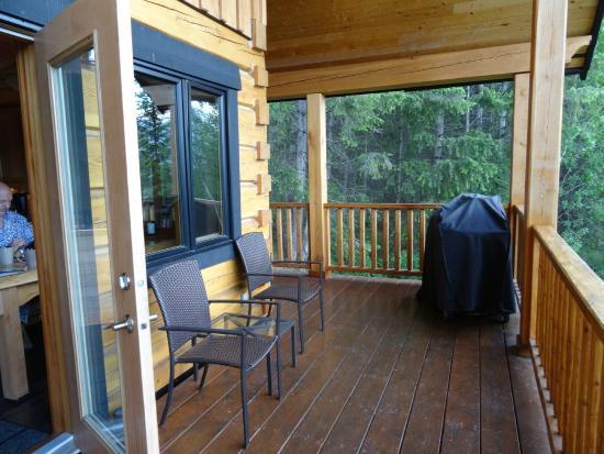 Mount 7 Lodges: Deer Lodge Terrasse
