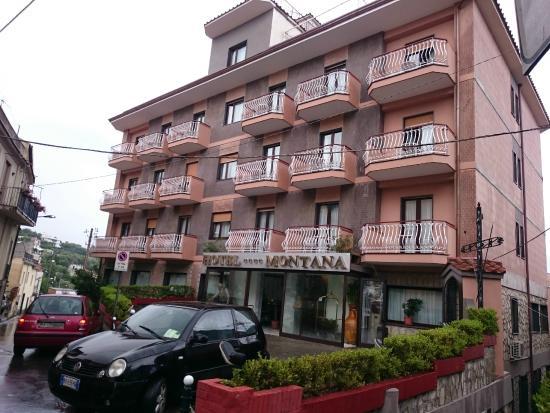 Hotel Montana: Four Star Hotel?