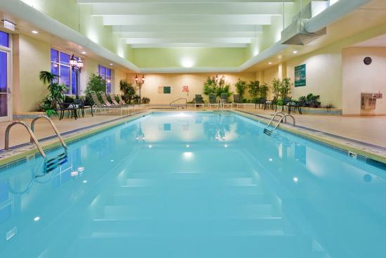 Holiday inn university plaza bowling green ky meeting room - University of louisville swimming pool ...